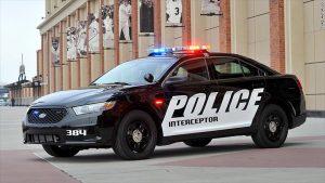 150128094416-ford-taurus-police-interceptor-780x439